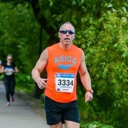 Helsinki Half Marathon - Marko Karppinen (3334)