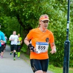 Helsinki Half Marathon - Krista Igbarria (859)