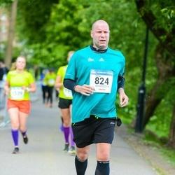 Helsinki Half Marathon - Hannu Huuskonen (824)