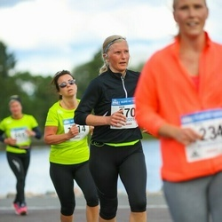 Helsinki Half Marathon - Heidi Hartman (670)