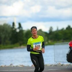 Helsinki Half Marathon - Leena Hartikainen (669)
