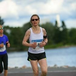 Helsinki Half Marathon - Piia Alakojola (2682)
