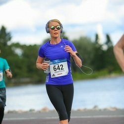 Helsinki Half Marathon - Tiina-Mari Haka (642)
