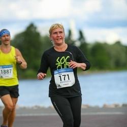 Helsinki Half Marathon - Tiina Nieminen (171)