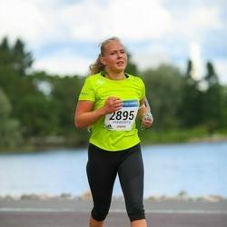 Helsinki Half Marathon - Laura Lintula (2895)