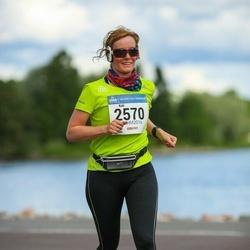 Helsinki Half Marathon - Kati Virtanen (2570)