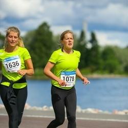 Helsinki Half Marathon - Susanna Kinnunen (1078), Iita Mäkimattila (1636)