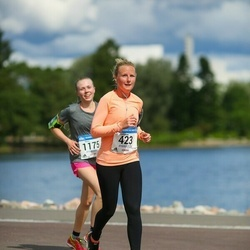 Helsinki Half Marathon - Katherine Binner (423)