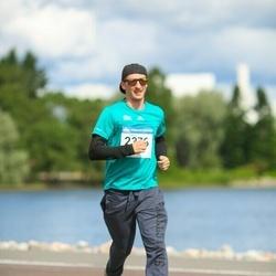 Helsinki Half Marathon - Sampsa Tappura (2376)