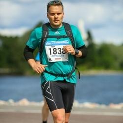 Helsinki Half Marathon - Tapio Pelkonen (1838)
