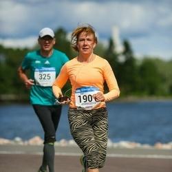 Helsinki Half Marathon - Sari Plevier (1901)