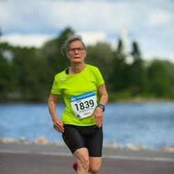 Helsinki Half Marathon - Tuula Pellikka (1839)
