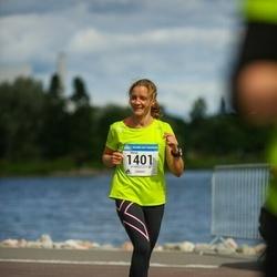 Helsinki Half Marathon - Minna Leinonen (1401)