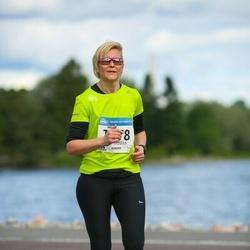 Helsinki Half Marathon - Miia Rantanen (1978)