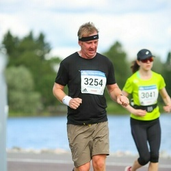 Helsinki Half Marathon - Christian Lindholm (3254)