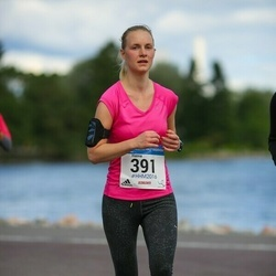 Helsinki Half Marathon - Hanna Auramo (391)