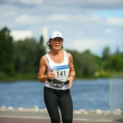 Helsinki Half Marathon - Anne Lehtonen (141)