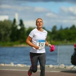 Helsinki Half Marathon - Riikka Salminen (212)