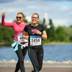 Helsinki Half Marathon - Laura Turunen (2456)