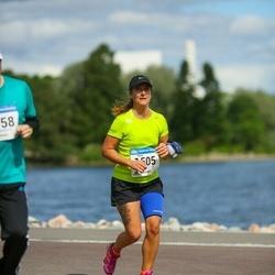 Helsinki Half Marathon - Niina Lämsä (1505)