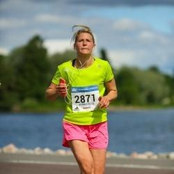 Helsinki Half Marathon - Mikaela Larma (2871)