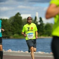 Helsinki Half Marathon - Matt Romanotto (2041)
