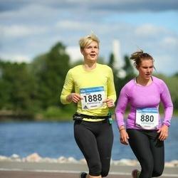Helsinki Half Marathon - Sanni Pirinen (1888)