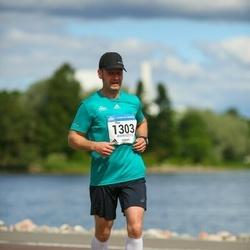 Helsinki Half Marathon - Pasi Laiho (1303)