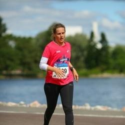 Helsinki Half Marathon - Sanna Pitkänen (1899)