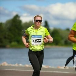 Helsinki Half Marathon - Henna Merikallio (2922)