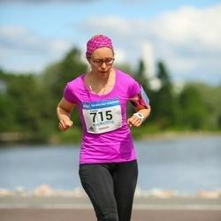 Helsinki Half Marathon - Laura Hellén (715)