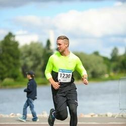 Helsinki Half Marathon - Sami Kunnari (1230)