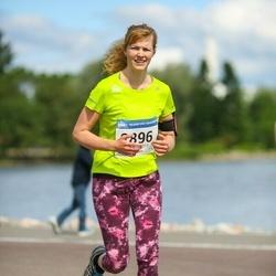 Helsinki Half Marathon - Tiina Liukkonen (2896)