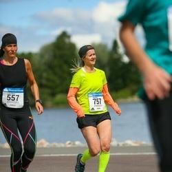 Helsinki Half Marathon - Charlotta Hintze (757)