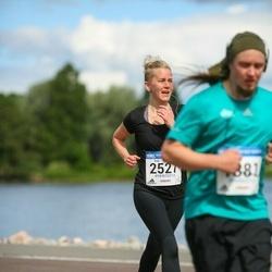 Helsinki Half Marathon - Essi Vauras (2527)