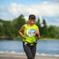 Helsinki Half Marathon - Karoliina Mutanen (1615)