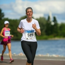 Helsinki Half Marathon - Jenny Fröberg (589)