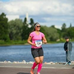 Helsinki Half Marathon - Emmi Kurunsaari (124)