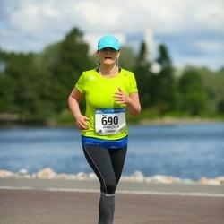 Helsinki Half Marathon - Marja Heikkinen (690)