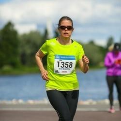Helsinki Half Marathon - Mia Laurikainen (1358)