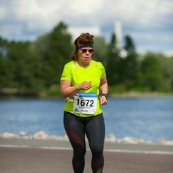 Helsinki Half Marathon - Nina Niemi (1672)