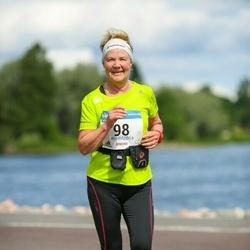 Helsinki Half Marathon - Ritva Katajainen (98)