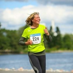 Helsinki Half Marathon - Riikka Sintonen (224)