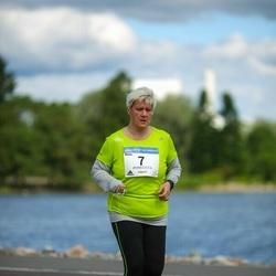Helsinki Half Marathon - Minna Arasalo (7)