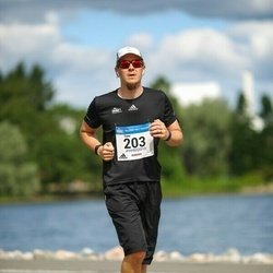 Helsinki Half Marathon - Tomi Rousi (203)