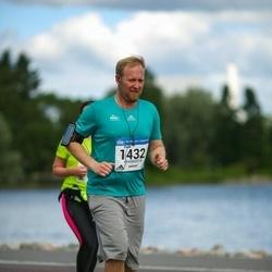 Helsinki Half Marathon - Patrik Lindgren (1432)