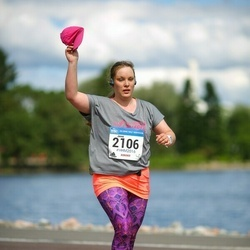 Helsinki Half Marathon - Jenni Sahinoja (2106)