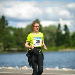 Helsinki Half Marathon - Meiju Enho (25)
