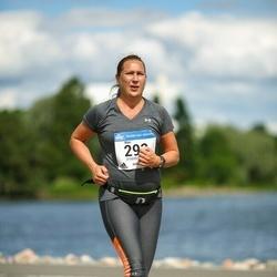 Helsinki Half Marathon - Mari Väisänen (293)