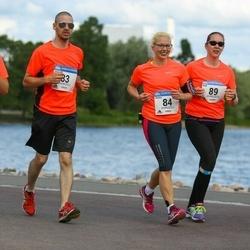 Helsinki Half Marathon - Anu Juhola (82), Henry Juhola (83), Jessica Juhola (84), Heidi Kakko (89)